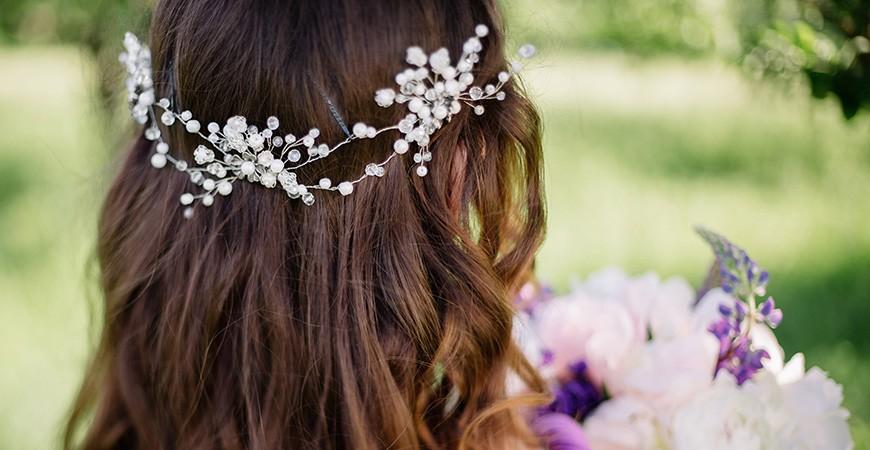 ¿Qué accesorio de pelo llevar según tu peinado ?